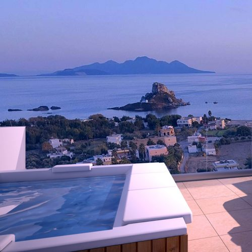The outdoor jacuzzi overlooking the Aegean Sea in White Rock of Kos.